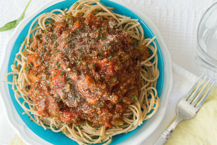 slow cooker spaghetti sauce recipe- No Diets Allowed