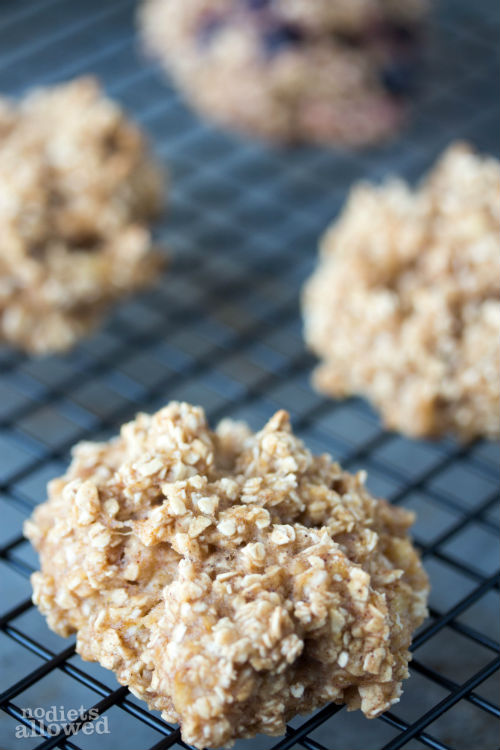 healthy oatmeal breakfast cookies - No Diets Allowed