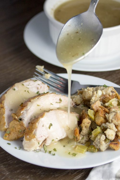 Best Turkey Gravy Recipe - No Diets Allowed #Food #Foodie