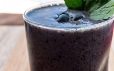 Healthy Spinach and Berry Smoothie