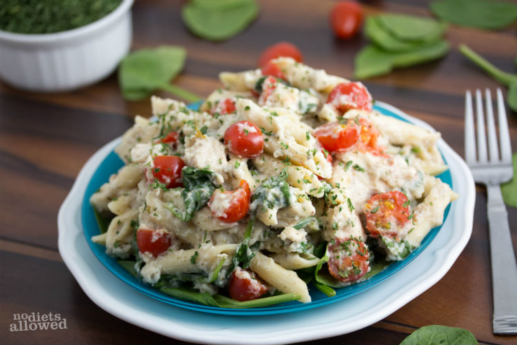 alfredo sauce made with cauliflower - No Diets Allowed