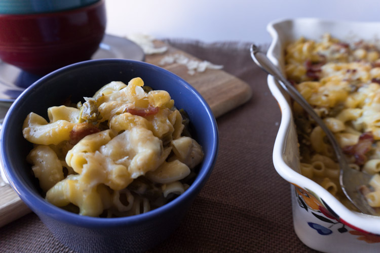 Easy Bacon Mac and Cheese Recipe - No Diets Allowed #MacCheese #Food #Foodie