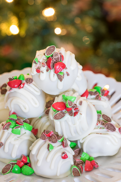 Oreo Cheesecake Truffles Balls Recipe - No Diets Allowed #Oreo #Food #Foodie