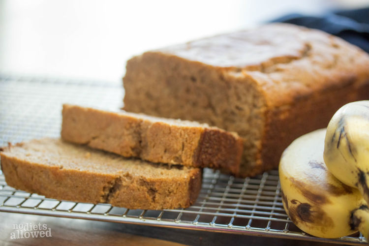 whole wheat banana bread recipe - No Diets Allowed