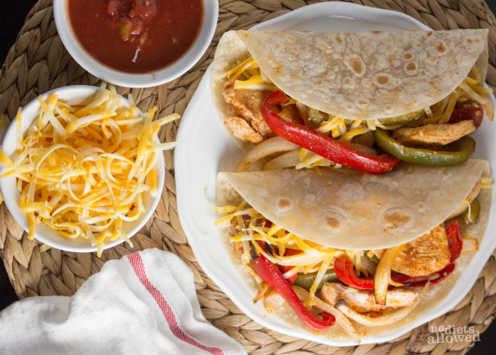 baked chicken fajitas recipe- No Diets Allowed