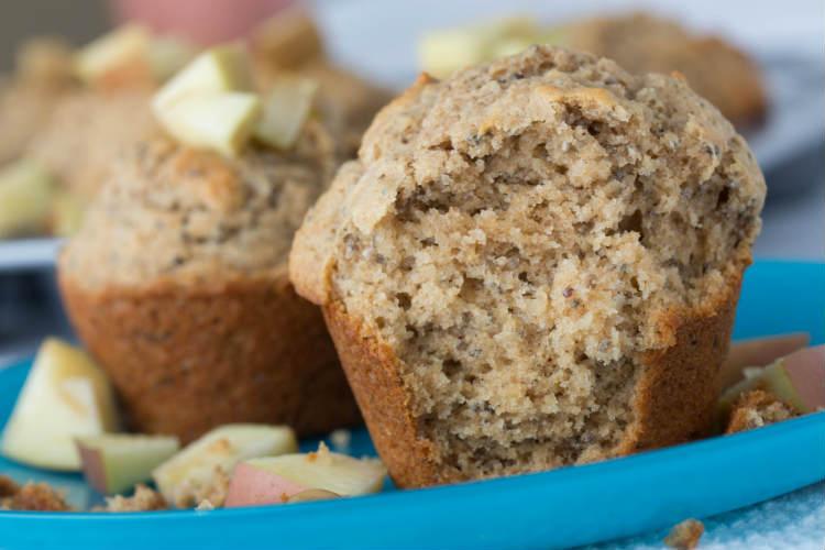 Applesauce Chia Muffins