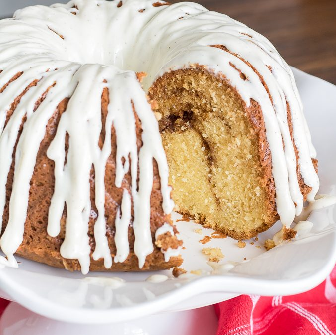 Easy Sour Cream Coffee Cake Recipe